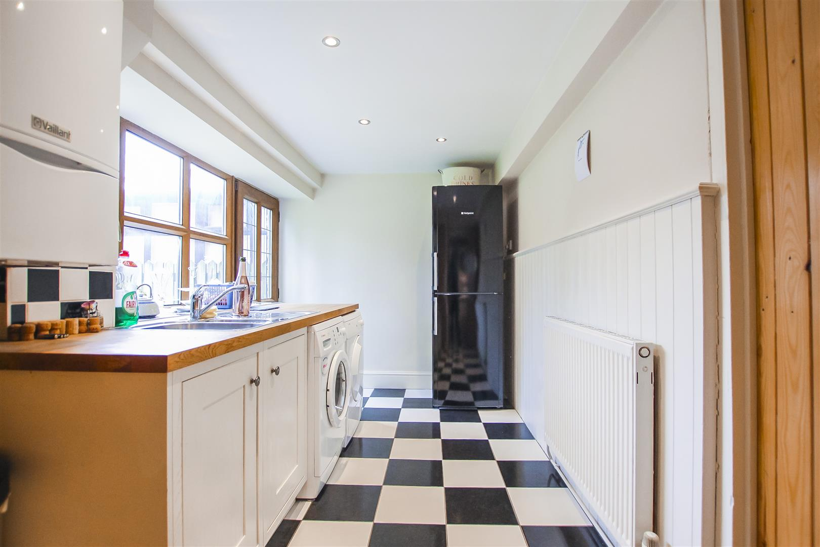 4 Bedroom Farmhouse For Sale - Image 28